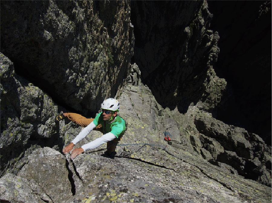 Contacto guía de escalada y montaña en España